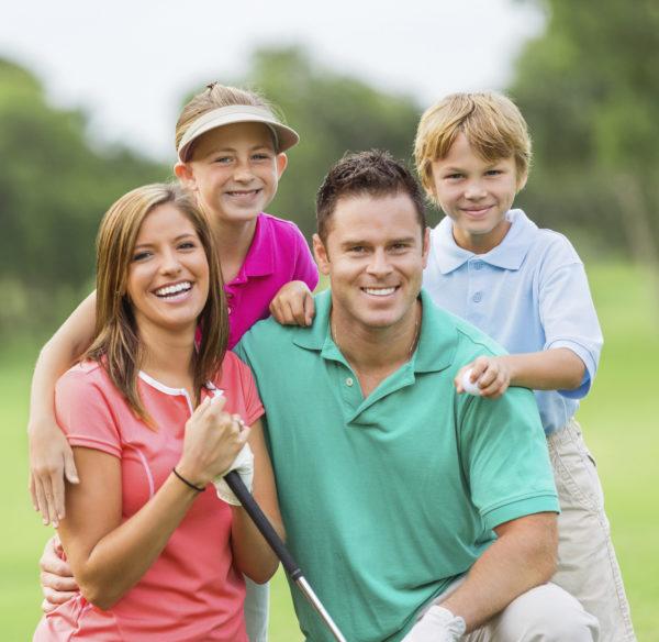 Golfing family