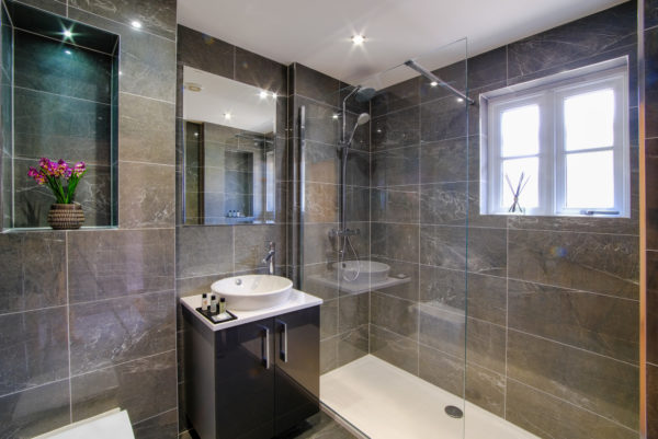 Exectutive Rooms - Bathroom